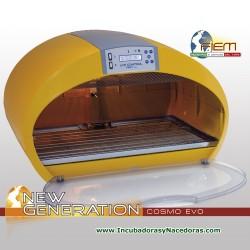 Incubadora Fiem Cosmo EVO automática