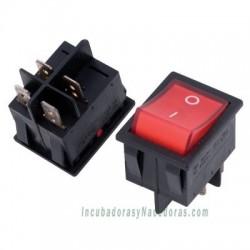 Interruptor cuadrado con lámpara roja
